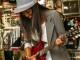 Gitarrenspielen zusammen mit anderen oder auch in einer Band
