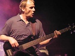 Bassist und Gospelworkshop-Leiter